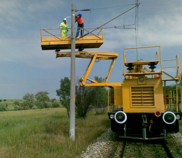 "Traction substation Aldomirovci"" – ""Suspension of singlemode 24-fibre optical cable on the poles of overhead lines in section Sofia-Dragoman"