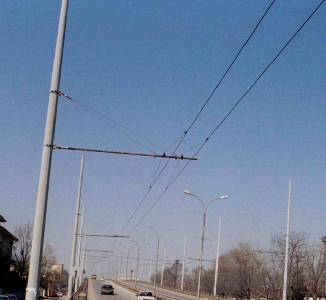 """Repair and reconstruction of trolley contact network, zone of the crossing of ""Kom"" street with ""Vasil Levski"" street"