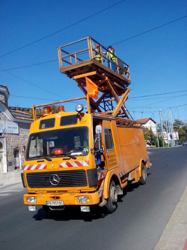 Dismantling of sections of dysfunctional overhead contact line (OCL) of trolley transport - Plovdiv city